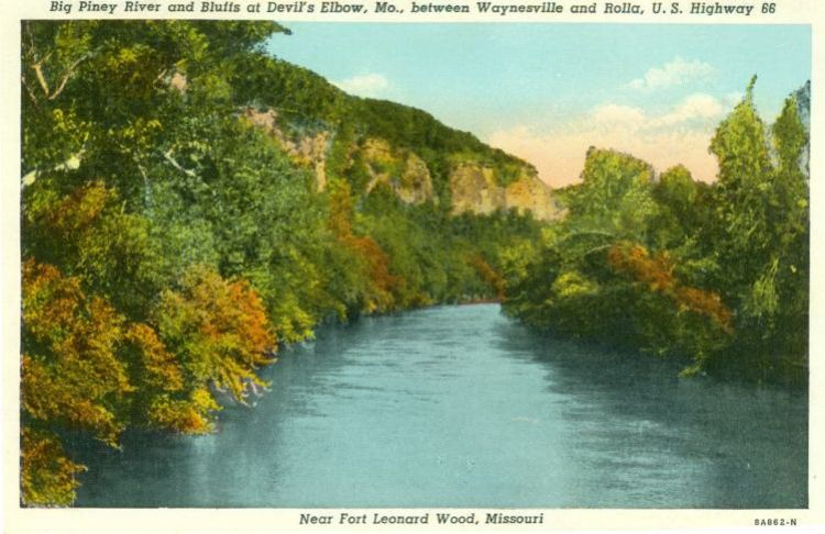 "The bluffs at Devils Elbow, marketed as Hiawatha Bluffs during the 1930's were once listed as a ""Missouri beauty spot."" Image courtesy of 66postcards.com."