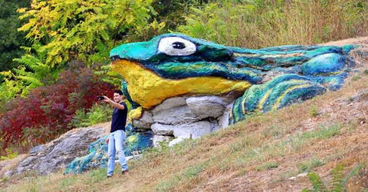 Waynesville's Frog Rock attracts a lot of attention on Route 66.
