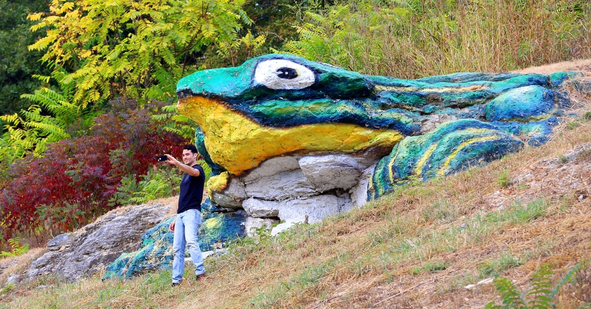 Frog Rock attracts a lot of attention on Route 66