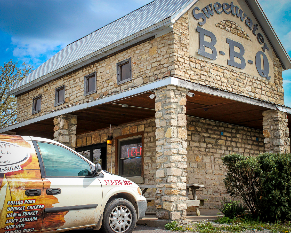 Sweetwater Barbecue on Route 66 near Fort Leonard Wood
