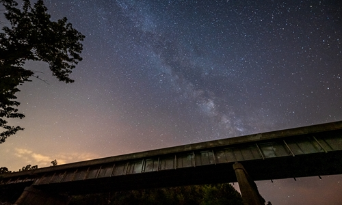 The stars shine brighter in Pulaski County, Missouri!