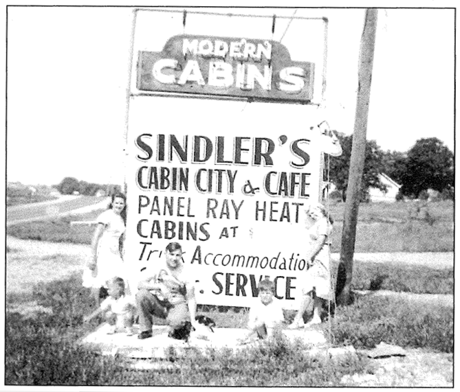 Sindler's Cabin City & Café. Image courtesy of Terry Primas.